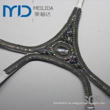 Sandalia de verano de las mujeres Adorno superior con las guarniciones decorativas cristalinas claras