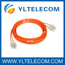 SC Fibre Optic Patch Cord 62,5um / 125um MM PVC o LSZH Perdita di inserzione 0,2 dB