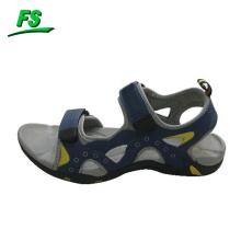 homem sandálias verão