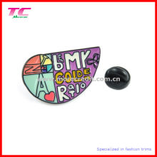 Multi-Color Enamel Metal Emblem in Special Shape