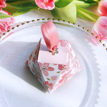 Pink+color+wedding+favors+candy+box