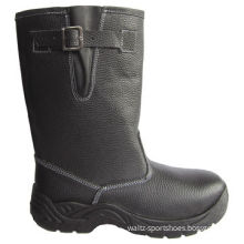Safety boots, meet international standard, oil resistant and anti-perforation functionNew