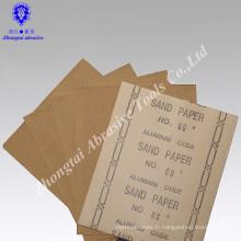Papier de verre abrasif pour le bois