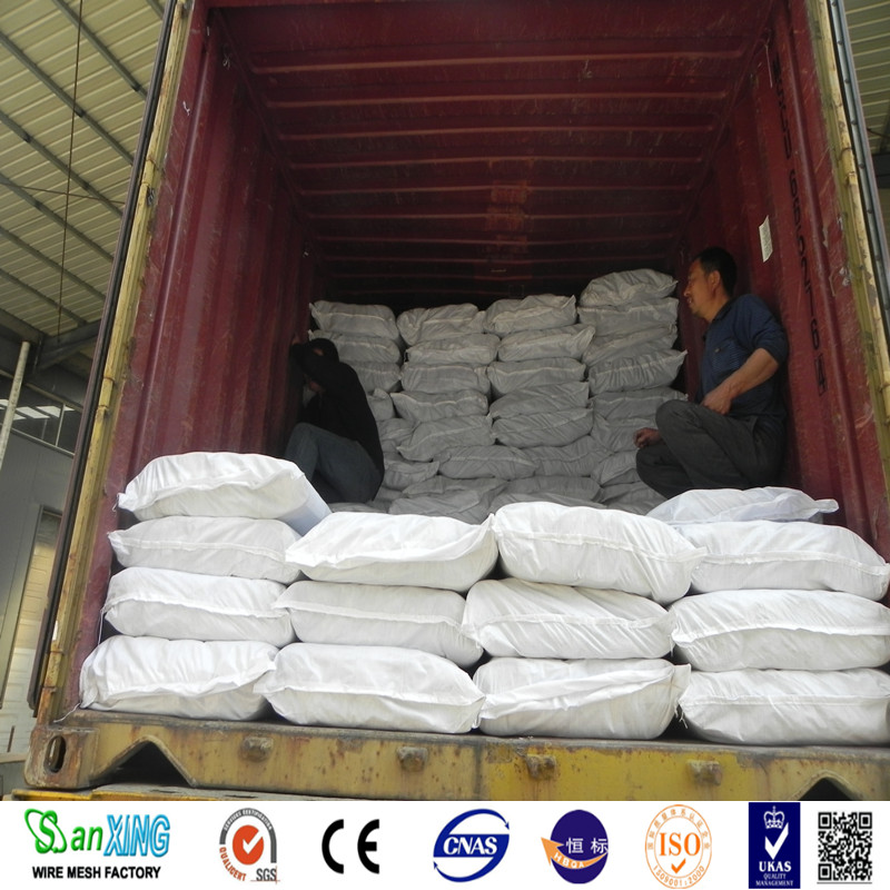 loading fiberglass window screen