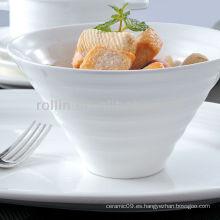 Vajilla internacional utilizada para hoteles y restaurantes de lujo