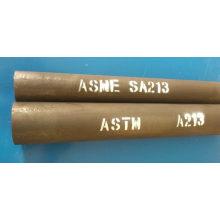 Tuyau en acier allié ferritique et austénitique sans soudure pour chaudières, surchauffeurs et échangeurs de chaleur