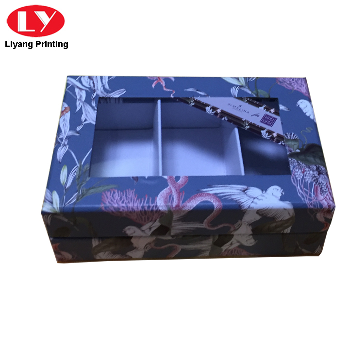 Box With Clear Window 2