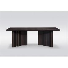 Table à manger 8-10 places