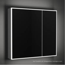 Armário do espelho do banheiro da tela de toque