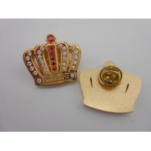Goupilles de Lapiel de couronne d'or, insignes en métal avec des diamants (GZHY-BADGE-020)