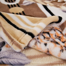 Cobertor coral do velo da cor sólida