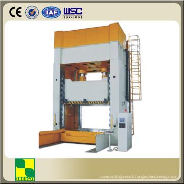 Machine de presse à tirage profond