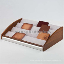 Saco de couro Retail Display Prateleira Countertop Promocional 4-Layer Solid Wood Wallet Display Stand