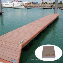 Anti-Rutsch WPC Marine / Dock Timer Boden