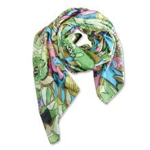 Écharpe imprimée en soie artificielle de polyester de dames de mode