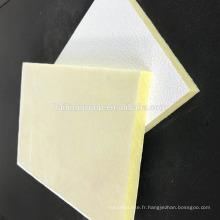 Tuile acoustique de plafond de fibre de verre insonorisée de haute densité