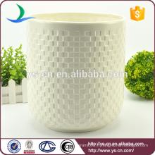 Vente en gros de poubelles de luxe en céramique blanche en relief