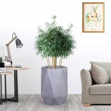 Vaso de flores com formato especial para decoração de hotel