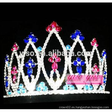 La nueva llegada delicated la tiara del desfile del festival de los EEUU
