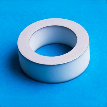 Bague en céramique en oxyde d'aluminium métallisé