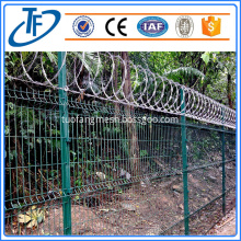 Hot Dipped Galvanized Coiled Razor Wire Military Fence