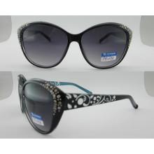 Gafas de sol de plástico de moda de colores con la bisagra de metal P25029