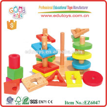 Jouet en bois en forme de bloc