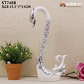 China home decor wholesale resin plating silver swan statues for wedding decoration