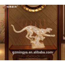 L'artisanat d'art de Guangzhou fournit la statue antique de tigre de résine pour le décor de maison