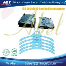 JMT Plastikeinspritzung Kleiderbügelform