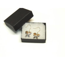Caja de aretes con logotipo personalizado