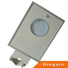 4W LED intégré dans une lampe solaire de jardin de capteur