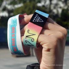 Venda Por Atacado Custom Logo / Design pulseiras promocionais de tecido e pulseiras