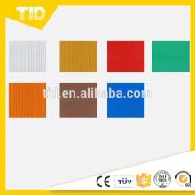 Láminas reflectantes de alta intensidad, película de superficie PET Cumple con ASTM D4956 tipo III