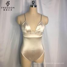 Strappy à la main Monokini One-Piece Maillots de bain Summer Style Femmes Beachwear maillot de bain Maillot de bain Crochet une pièce maillot de bain