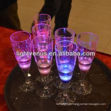 China Fabricantes a pilhas LED de vidro plástico