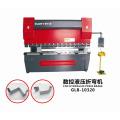 Máquina de dobra CNC