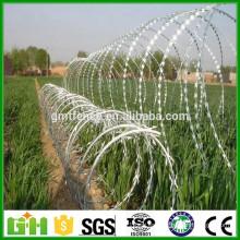 China Fábrica de suministro galvanizado de afeitar / alambre de púas
