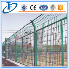 Low carbon square post welded mesh