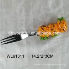 Garfo com garfo de cerâmica abacaxi