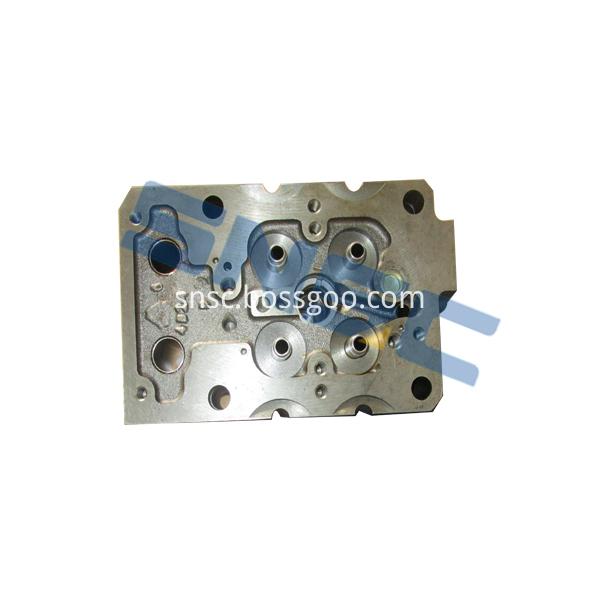 Az1246040010 Cylinder Head 1