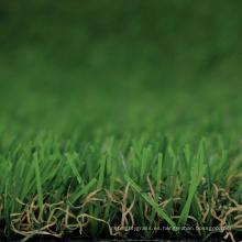 Alfombra de hierba verde artificial de aspecto natural para isla verde