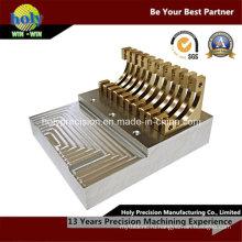 CNC подвергая механической обработке сложных Латунь часть для электронного продукта