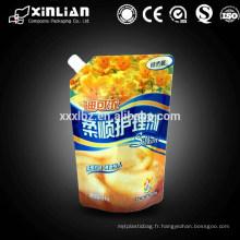 Boîte à boissons en plastique de Chine en usine avec embout