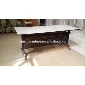 Table pliante à design chaud pour salle de réunion XYN1321