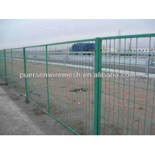 Green pvc coated highway Fence