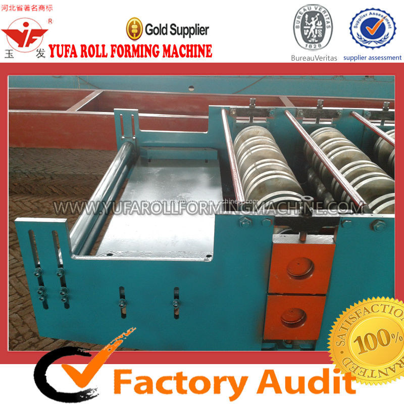 Angel teeth roof panel roll forming machine