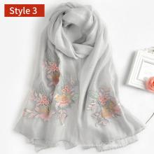 2017 novo modelo de mistura de lã de seda bordado flroal cachecol