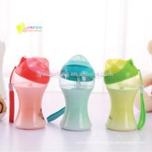OEM logo BPA free Niños que beben la taza con la botella de agua portátil de paja