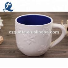 Double couleur gravent la tasse en céramique de voyage de l'eau de café avec la poignée